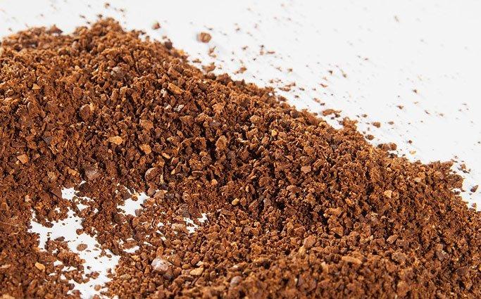 unregelmäßig gemahlener Kaffee