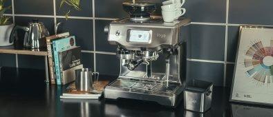 Die Sage Oracle Touch liefert Kaffee in Baristaqualität!